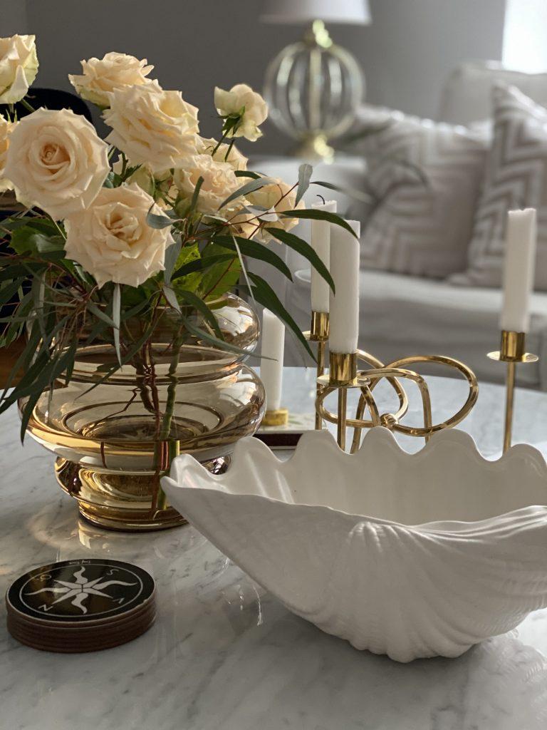 Vas blommor soffbord i marmor
